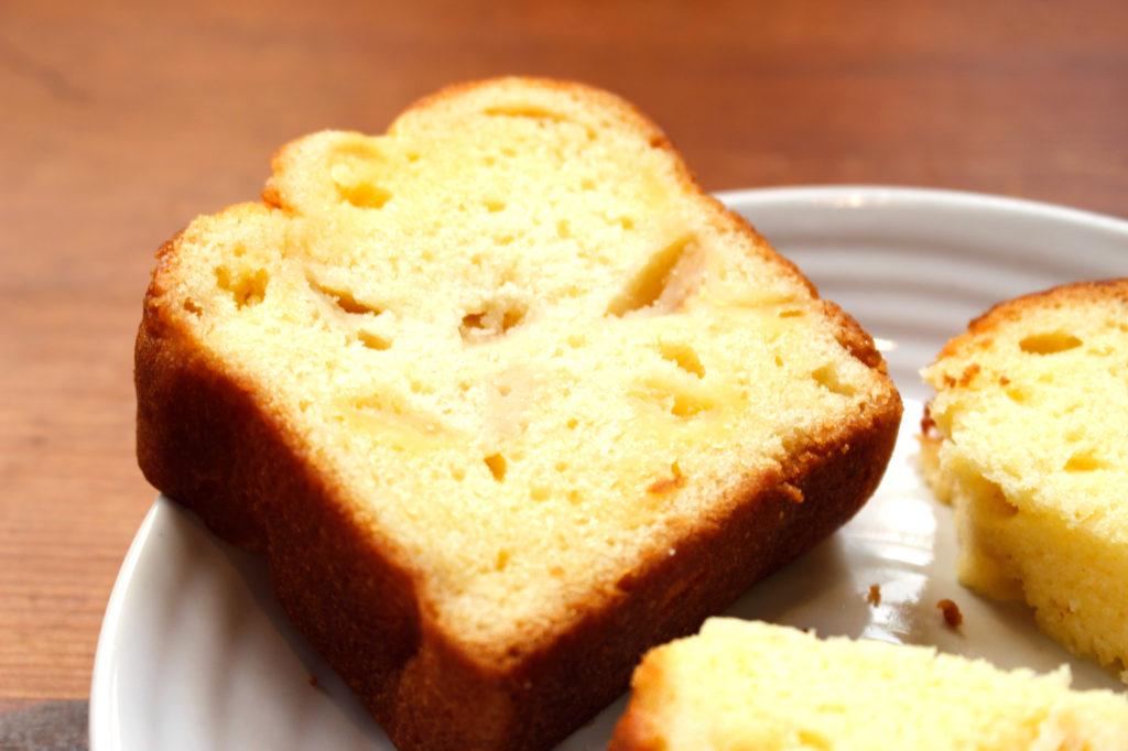 横越産梨を使った「よこごし和梨のふりさとパウンドケーキ」好評販売中!